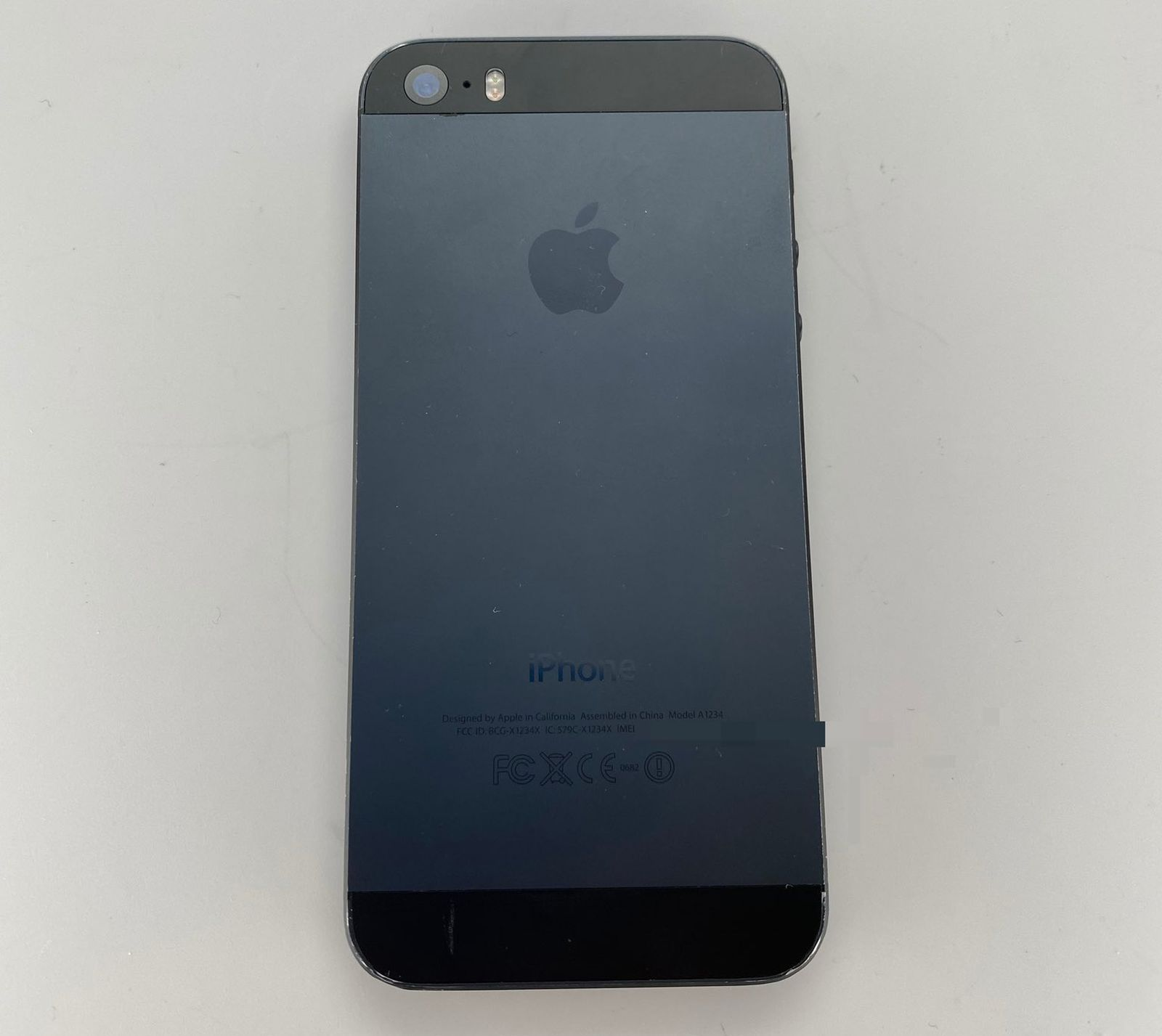 IPhone 5s not released black and slate photos are shared online