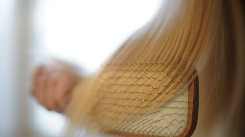 Removendo uma bola de cabelo do estômago de um adolescente com síndrome de Rapunzel