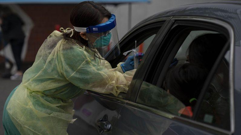 No Oregon, os cientistas encontraram uma variante viral com uma mutação alarmante