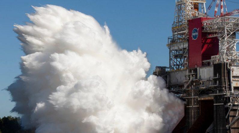 A NASA está testando com sucesso o foguete mais poderoso do mundo
