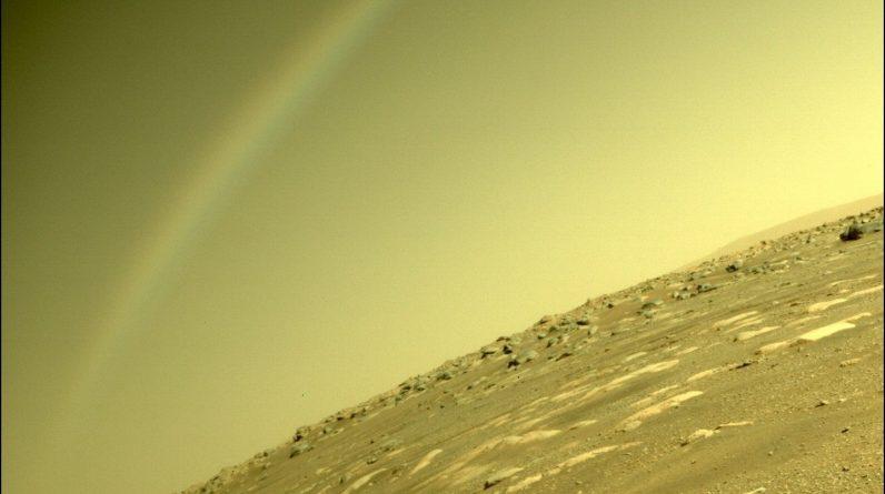 NASA publica uma imagem incrível de um arco-íris na superfície de Marte