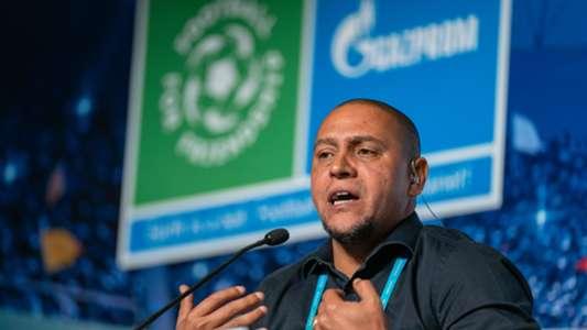 """Real Madrid - Roberto Carlos: Adeus ao campeonato?  Não """""""