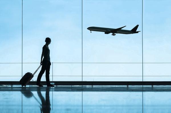 Viajar para o exterior permanece 'severamente desencorajado' até novo aviso