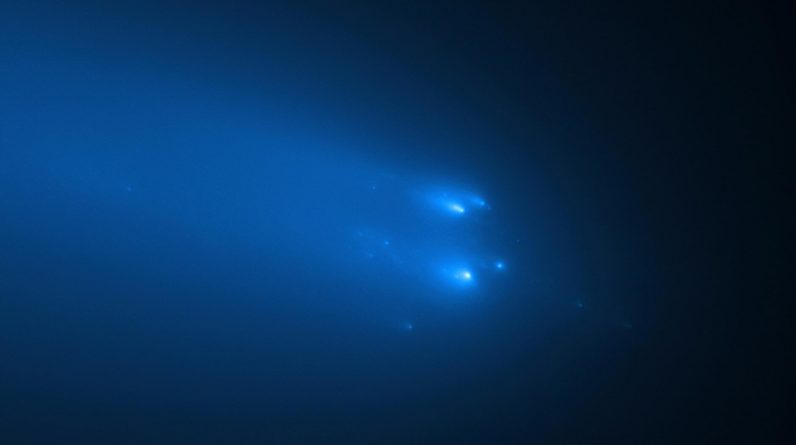 Hubble Observation of ATLAS Comet on April 20, 2020