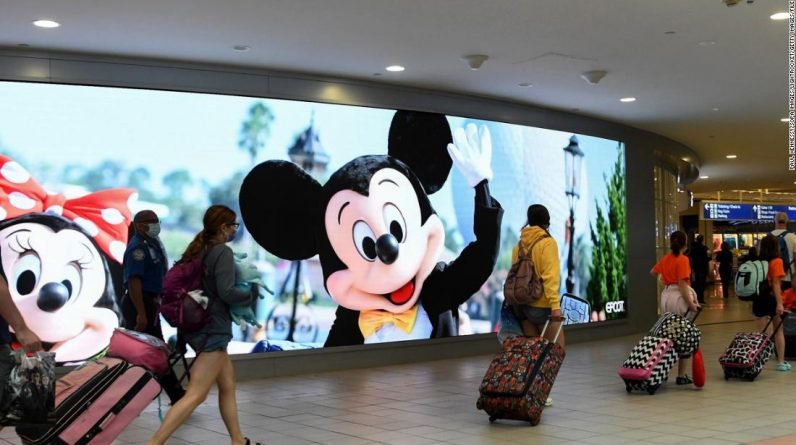 Coronavírus em Orange County: o prefeito de Florida County, onde fica a Disney World, dá o alarme sobre o aumento de casos de Covid