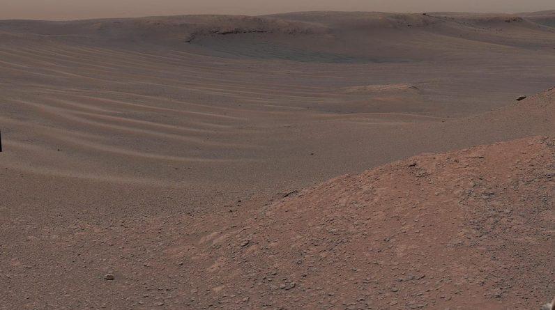 Água extremamente salgada pode apagar algumas evidências de vida em Marte