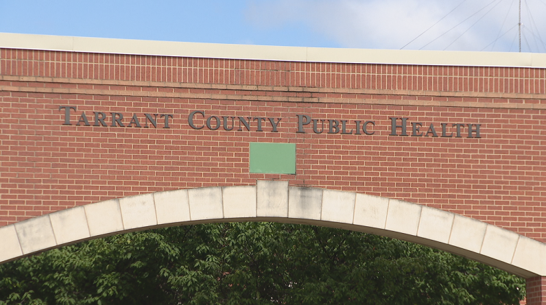 Autoridades de saúde do condado de Tarrant alertam sobre aumento de casos de vírus sincicial respiratório