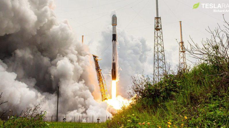 O foguete Falcon 9 da SpaceX domina os lançamentos orbitais globais em 2021