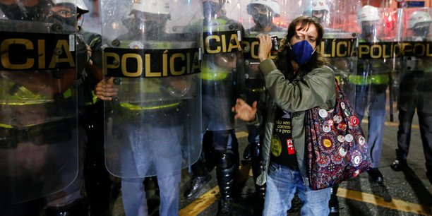 Bresil: manifestations contre bolsonaro et le manque de vaccins[reuters.com]