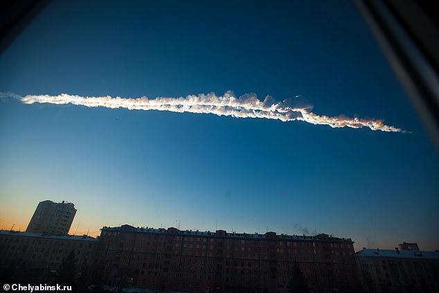 O uso de tais cálculos ajudou os cientistas a identificar o meteorito bola de fogo que caiu sobre Chelyabinsk, Rússia, em 15 de fevereiro de 2013, medindo 20 metros, o maior meteorito visto em um mapa.