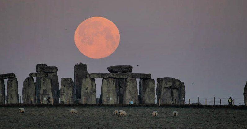 Parte perdida de Stonehenge oferece um vislumbre sem precedentes do antigo memorial