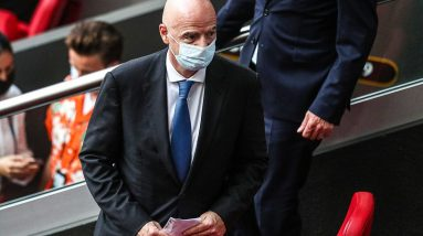 Futebol Mundial - Brasil e Argentina recrutas, UEFA ataca FIFA